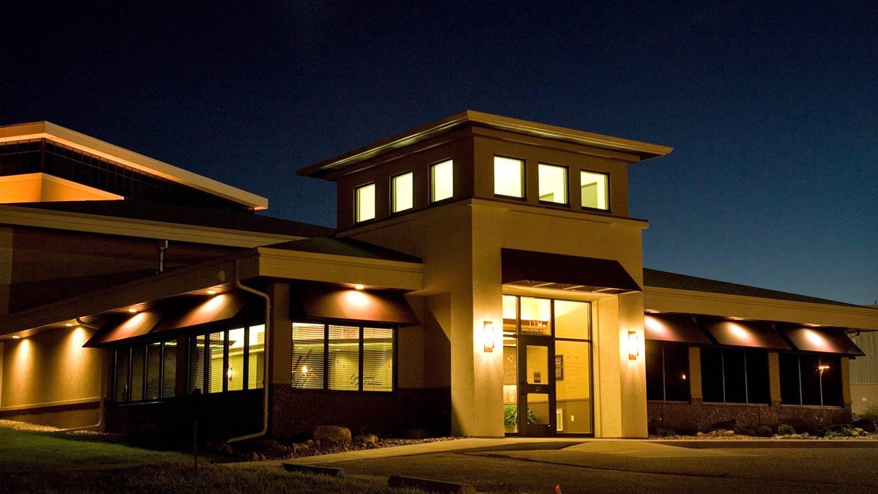 slider-night-eye-center-building